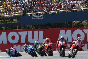 PICS: MotoGP menampilkan pertunjukan menakjubkan di Assen!