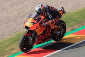 Espargaro puts KTM on top in warm-up
