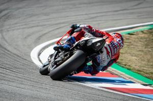 Dovizioso sees off Lorenzo, Marquez in Brno thriller