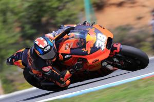 Smith to take tyre risk? Espargaro rain dance