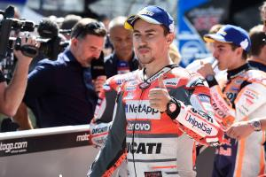 Lorenzo: Tyre misunderstanding hindered pole fight