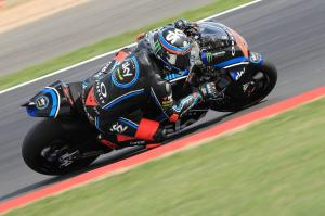 Moto2 Silverstone: Late dash sees Bagnaia speed to pole