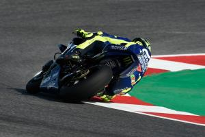 Rossi presents 'Back to Misano' helmet