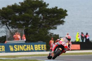 Marquez braves conditions for Phillip Island pole