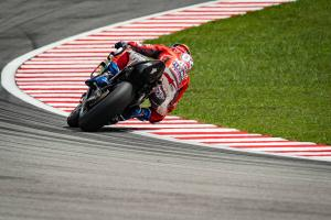 Dovizioso leads Rossi and Vinales as Lorenzo returns