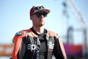 Smith learning through Aprilia test rider, TV eyes