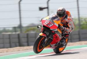 Marquez talks swingarm device, Honda changes