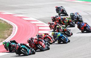 Quartararo builds Rookie lead, learns from Petrucci