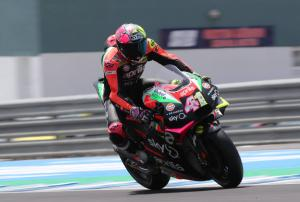 Espargaro banking on braking
