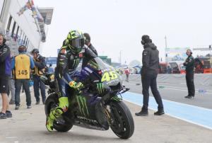 Rossi 'sangat senang' dengan perubahan haluan hari Sabtu