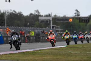 Vinales 'couldn't pass, got very frustrated'