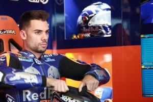 Oliveira fighting through pain on MotoGP return