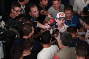 Lorenzo: I have two-year contract, I'll fulfil it