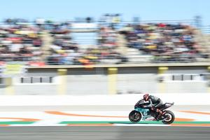 Quartararo better pace but 'not close to Marquez, Vinales'