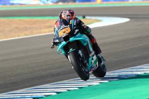 Quartararo mengamankan kemenangan MotoGP berturut-turut di Yamaha 1-2-3