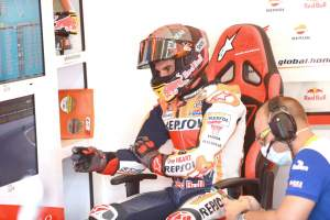 Marc Marquez reveals 'before and after' arm X-rays