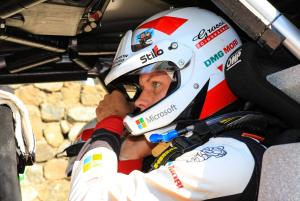 Tanak storms ahead of Neuville, Evans out