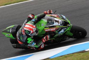 Rea fastest despite early crash at Phillip Island test