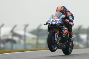 Maiden win for van der Mark in Donington Park thriller