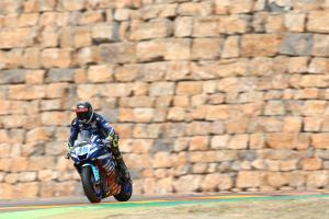 Gradinger takes maiden World Supersport pole
