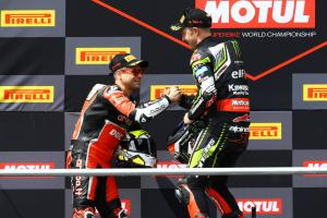 Rea bidding to maintain momentum in Bautista's backyard