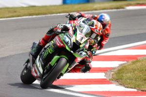Rea 'picks his moment' as he reaps rewards with first WorldSBK treble