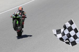 Jonathan Rea seals historic fifth World Superbike title