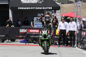 Rea sees off Ducati threat to strengthen title bid