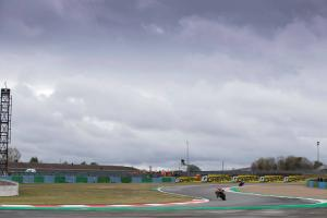 Razgatlioglu leads Rea in drying FP3 at Magny-Cours