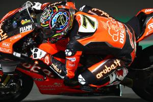 Davies leads Rea, Bautista in Qatar