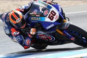 van der Mark ke depan saat Yamaha tampil kedepan