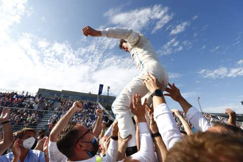 """De Vries """"lost for words"""" after securing maiden Formula E title in Berlin"""