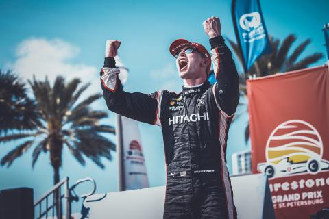 Newgarden fights through to St. Petersburg IndyCar victory