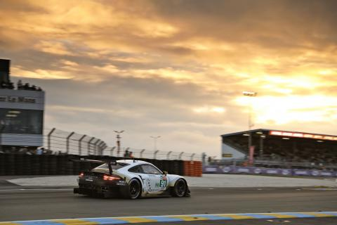24 Hours of Le Mans - Hour 19 Results