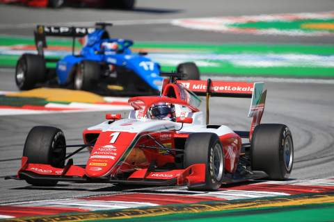Hauger dominates Barcelona Formula 3 feature race from pole