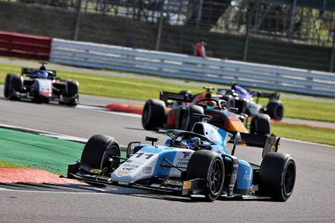 Verschoor takes maiden F2 victory in second sprint race at Silverstone