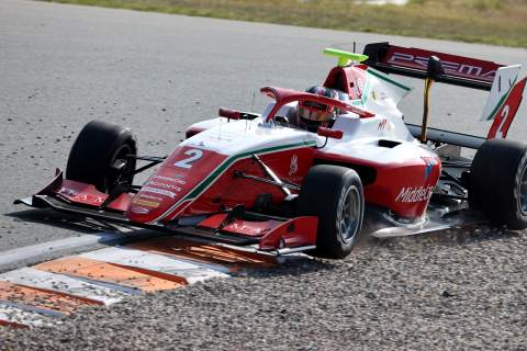 Leclerc resists Sargeant to win opening Zandvoort F3 sprint race