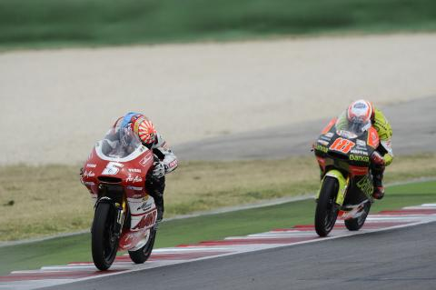 Zarco looks back coming out of the last corner on the last lap, San Marino 125GP Race 2011