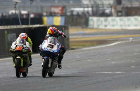 Terol and Vinales, French 125 MotoGP 2011