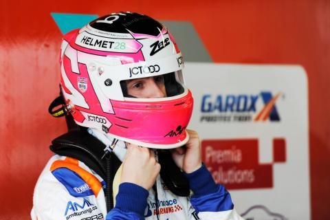 Tordoff hoping for 'new chapter' after Thruxton pole