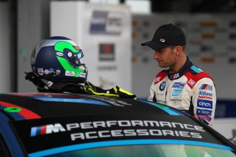 Turkington leads Cammish in greasy first practice