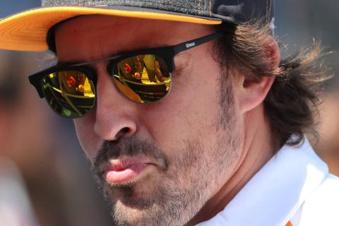 Alonso releases emotional video tribute to F1