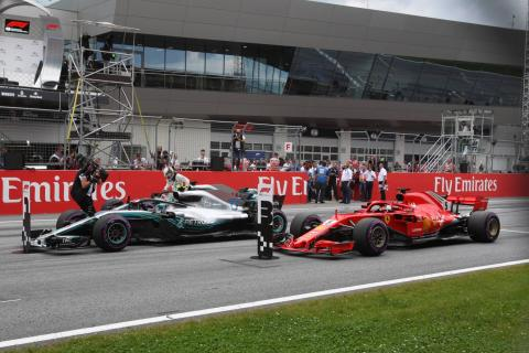 Vettel bemused by Mercedes pace inconsistency