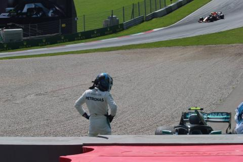 Mercedes showed right character in defeat, says Wolff
