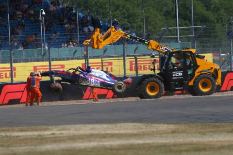 Hartley frustrated as luckless run continues with practice crash