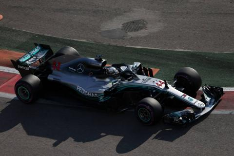 Hamilton wins Russian GP after Mercedes team orders