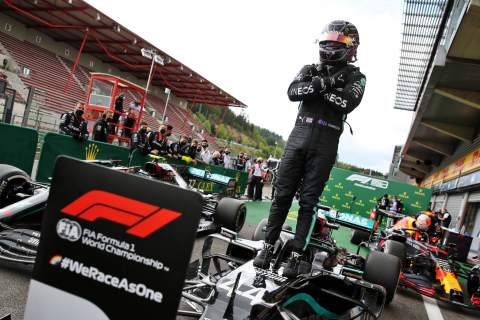 Hamilton cruises to Belgian F1 GP win ahead of Bottas