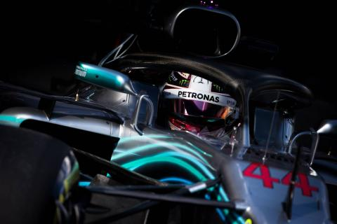 Hamilton tops Australia FP1 as McLaren hits trouble
