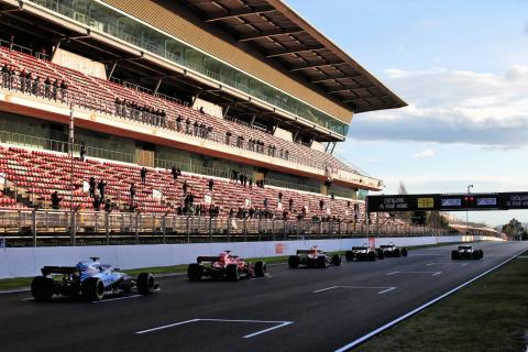 Whiting unconcerned by new F1 standing restarts