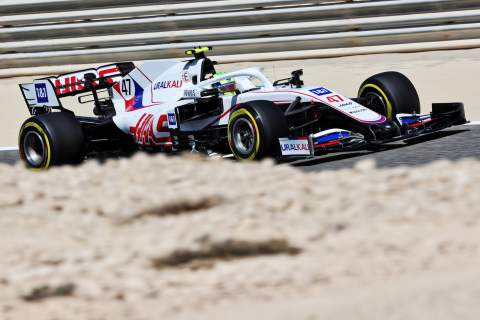 2021 Bahrain F1 Test Day 3 - Sunday lap times at 12noon